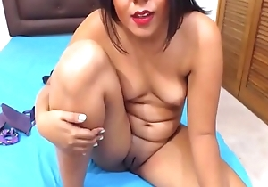 Beautiful 18 Colombian Latina First Time on Webcam From 6969cams.com