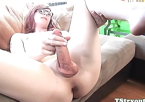 Solo spex trans fingers ass at porn audition