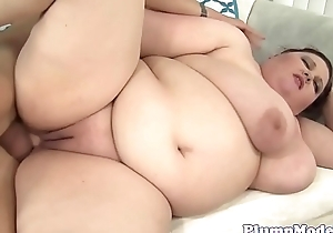 Cockriding BBW babe tittyfucking hard dick