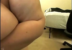 Curly Hair BBW Shakes Her Ass Then Cums